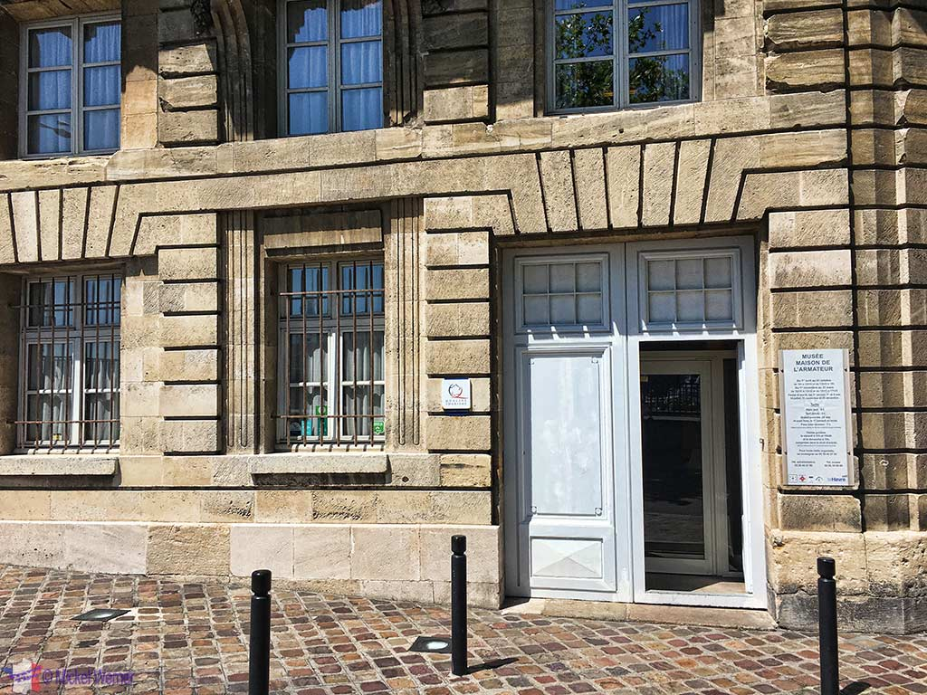 "Entrance of the ""Maison de l'Armateur"" in Le Havre"