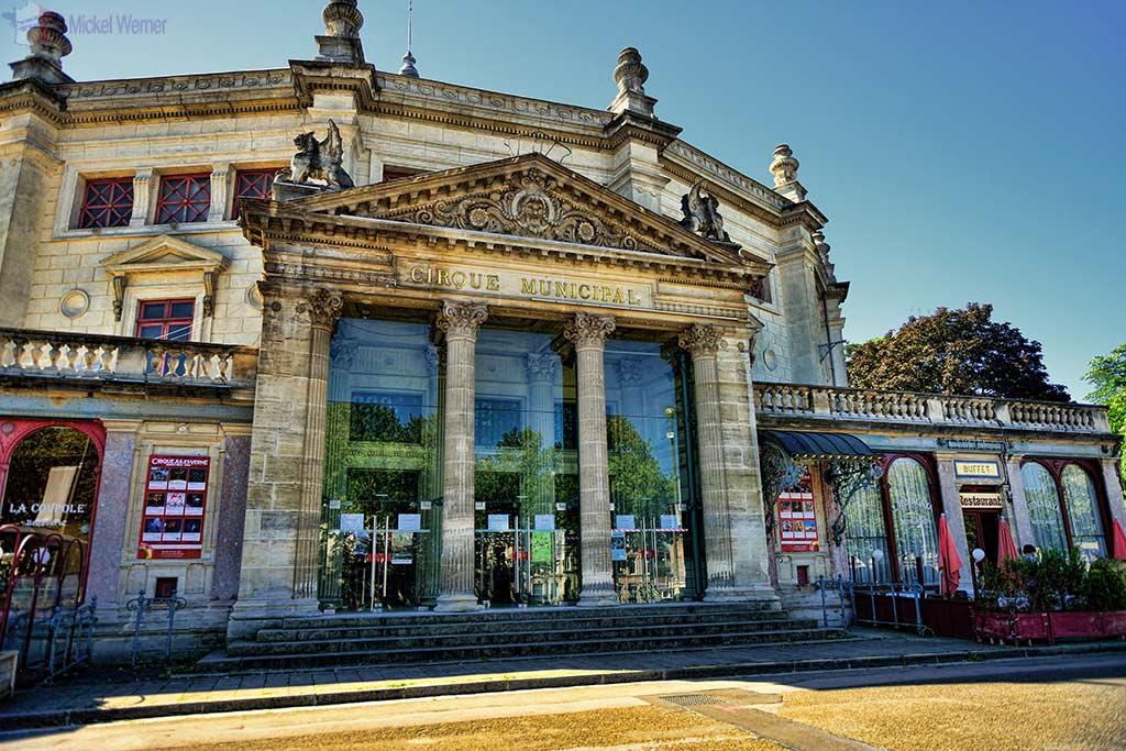 Entrance pf the Cirque Jules Vernes of Amiens