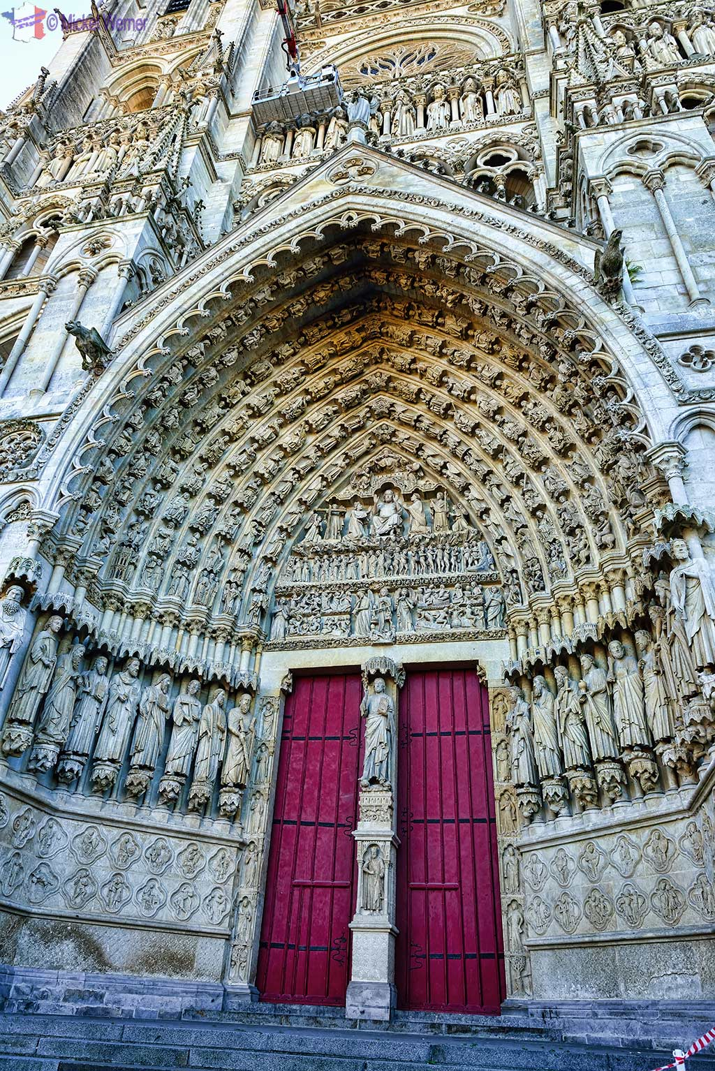 "The door of the ""Last Judgement"" of the cathedral of Amiens"