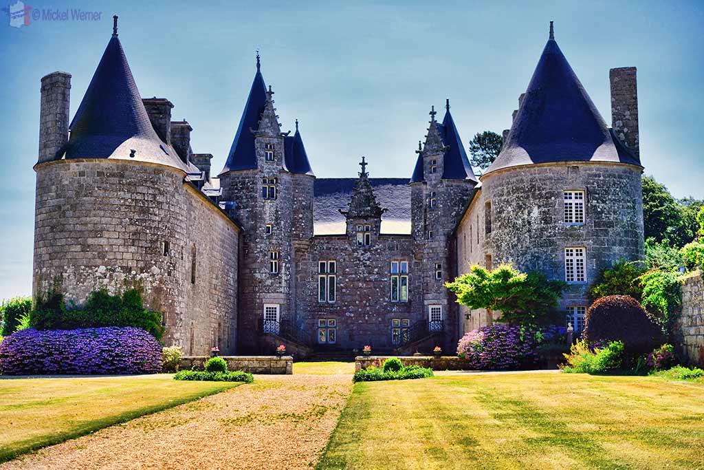 Ploubezre Castle – Chateau Kergrist