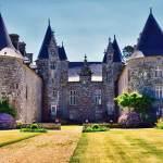 Ploubezre Castle - Chateau Kergrist