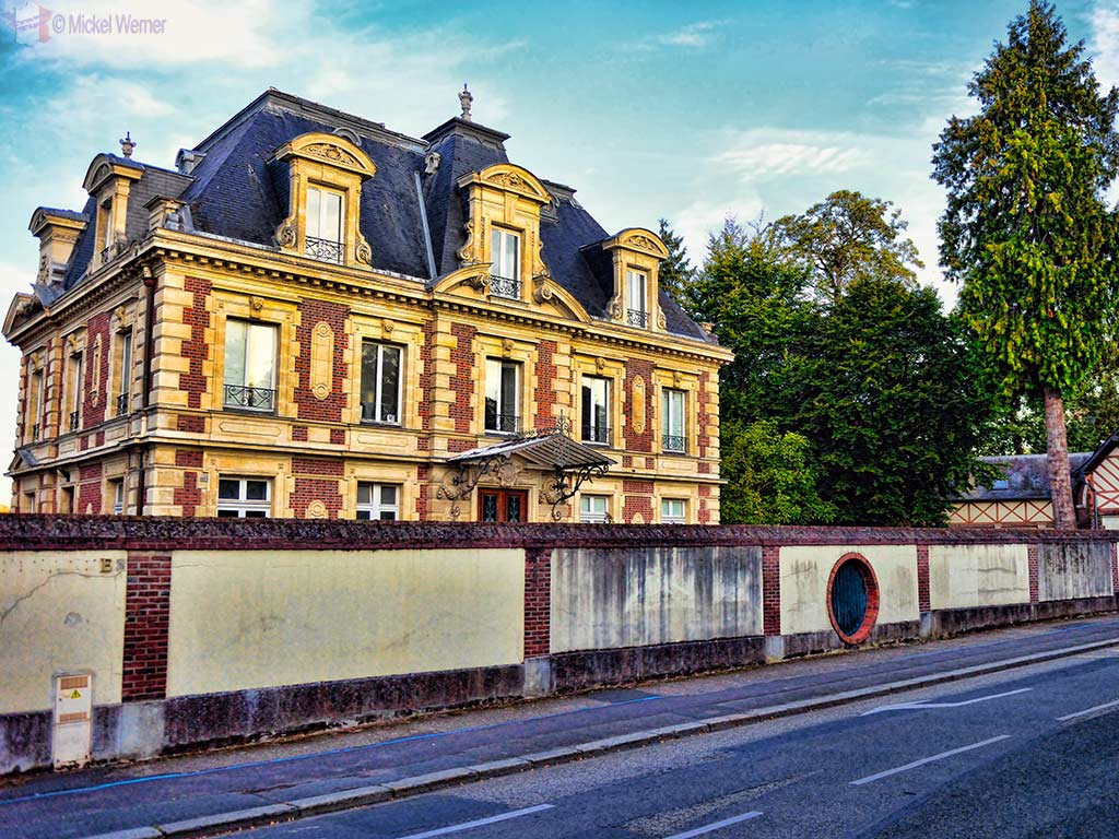 Small manor in Lisieux