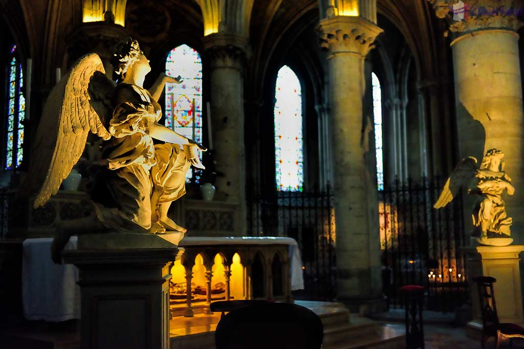 Statue before the main altar of the Saint-Pierre cathedral of Lisieux
