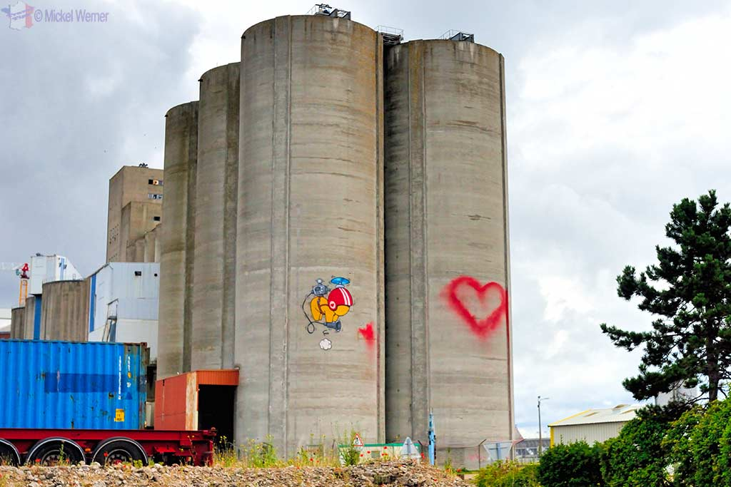 Silo Gouzou by Jace in Le Havre