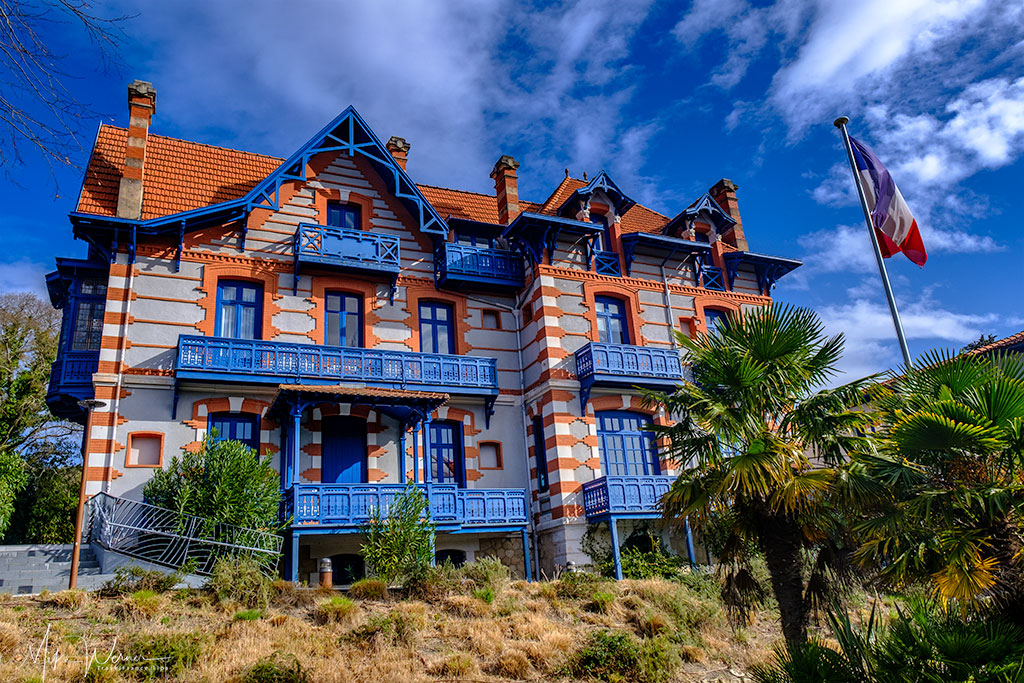 Villas in the Winter City of Arcachon