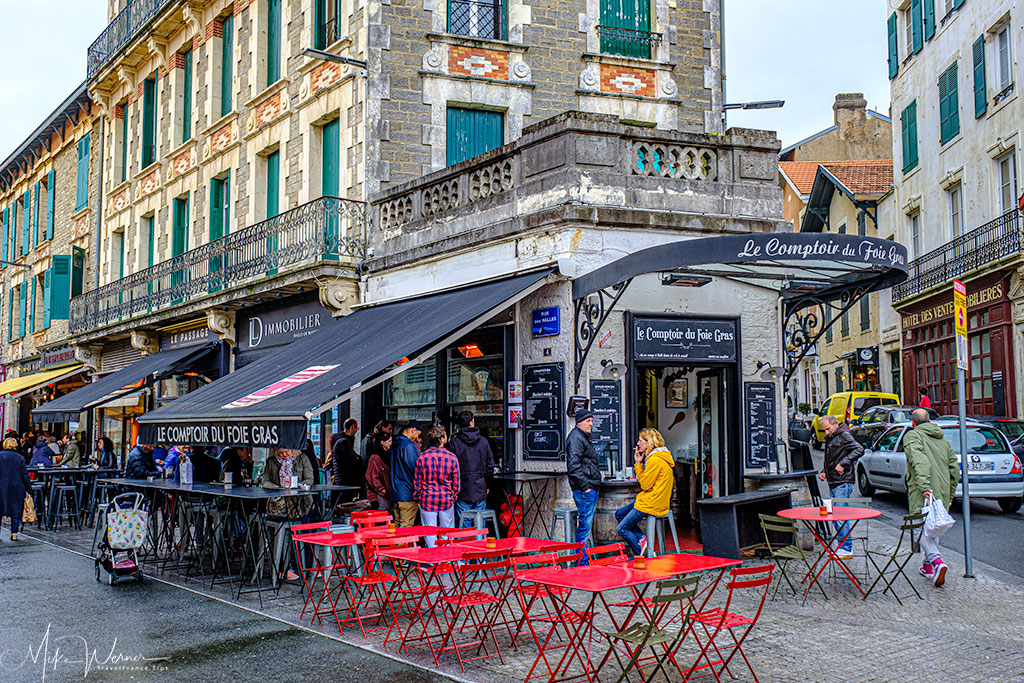 Cafes and restaurants in Biarritz