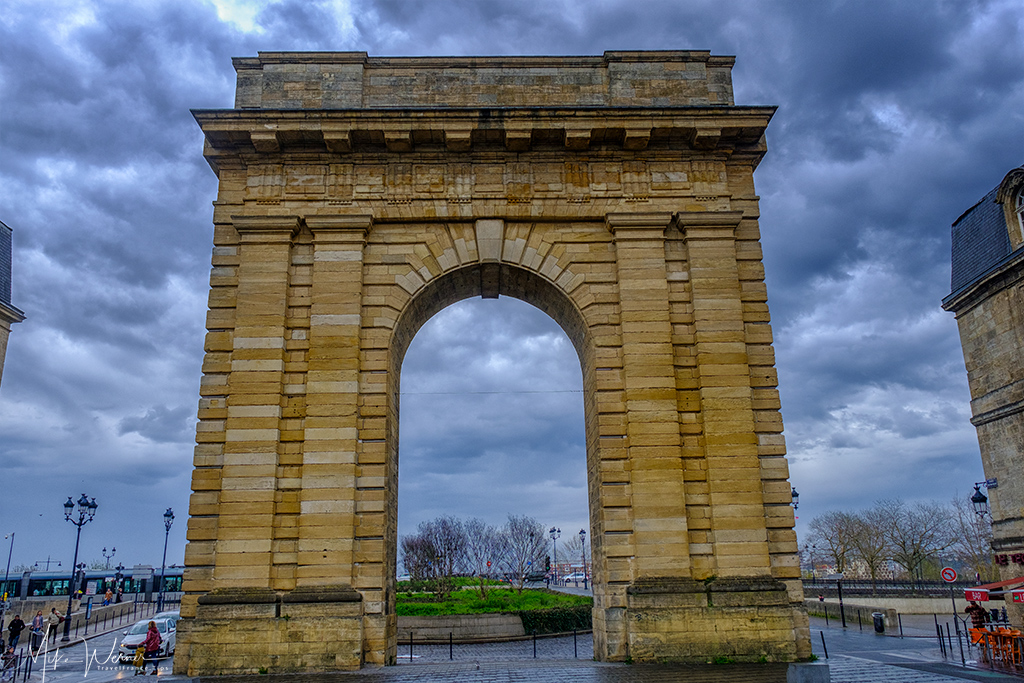 Porte de Bourgogne in Bordeaux