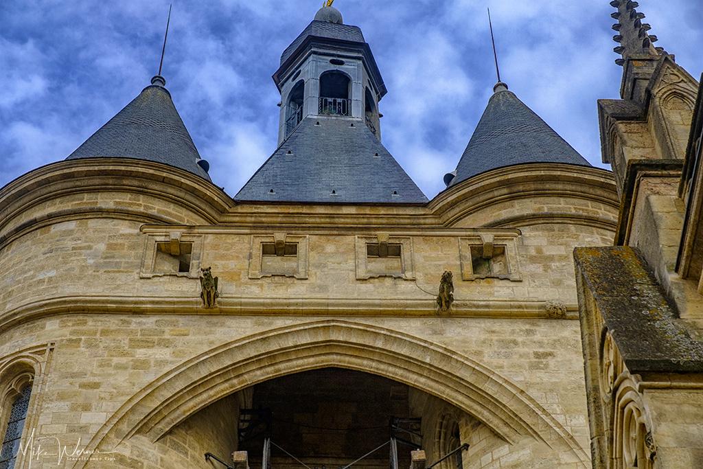 The top structure of the Porte Saint-Eloy/Grosse Cloche de Bordeaux in Bordeaux