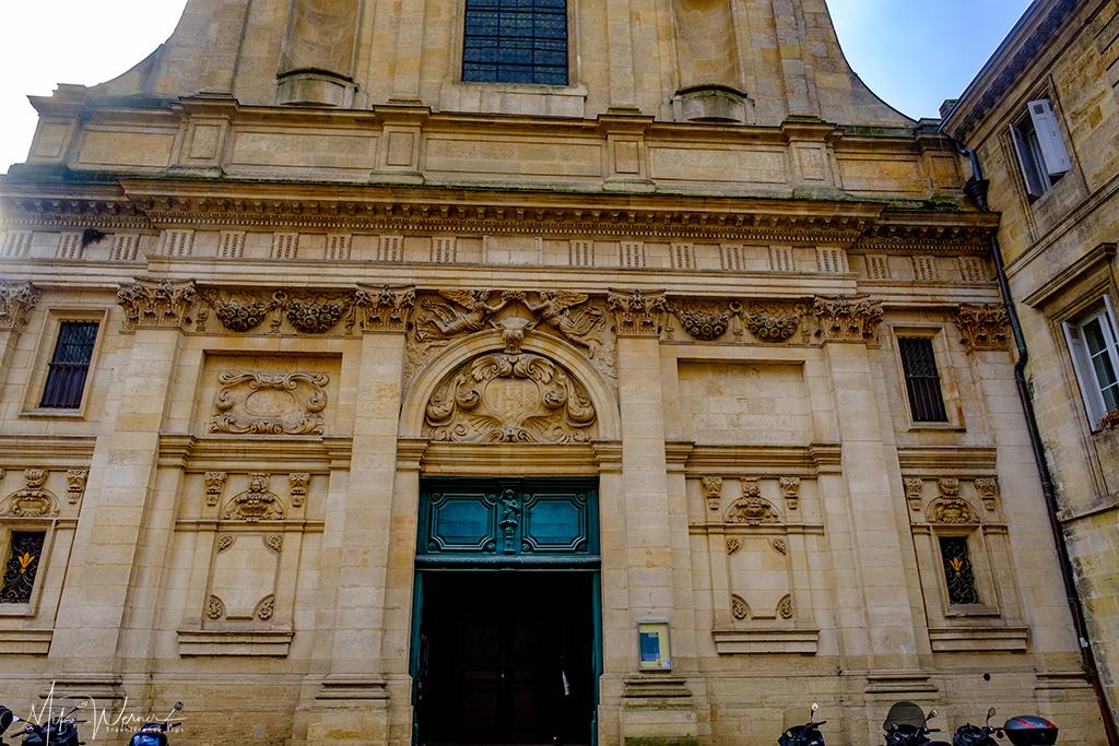 The front of the Saint-Paul-Saint-François-Xavier church in Bordeau
