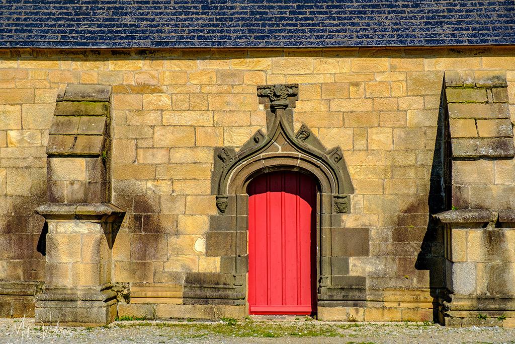 Side entrance of the Notre-Dame-de-Rocamadour Chapel at Camaret-sur-Mer