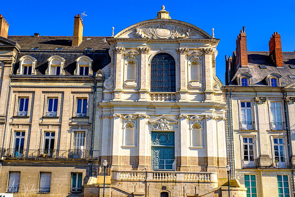 Closeup of the Oratory Chapel in Nantes