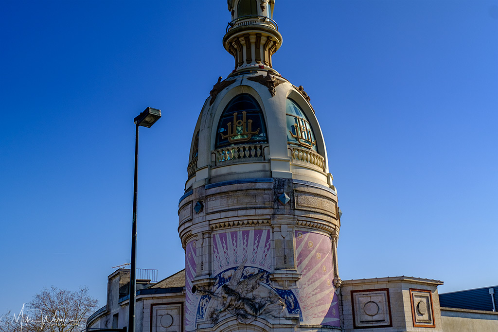 The LU Tower up close in Nantes