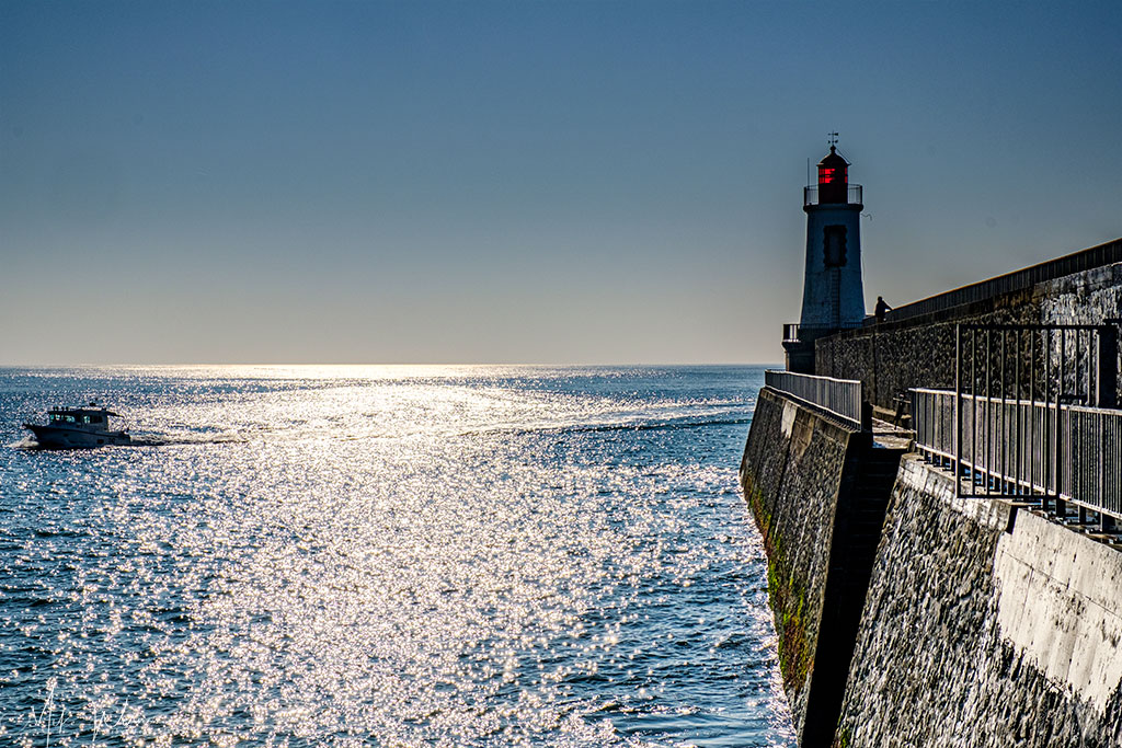 Lighthouse on the right at Les-Sables-d'Olonne