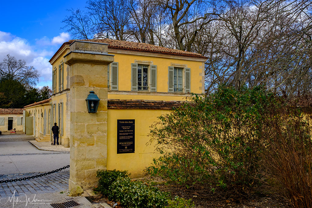 Entrance to the Margaux castle estate