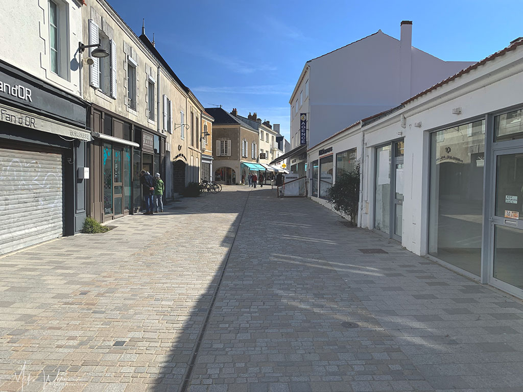 Another pedestrian street in Noirmoutier-en-l'Ile