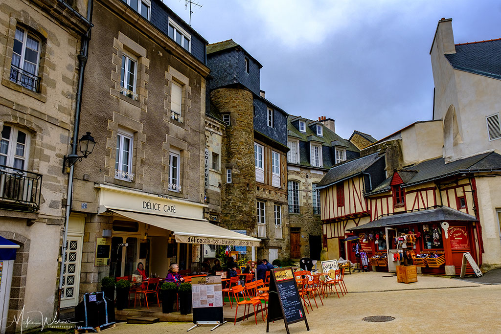 Shops and restaurants in the old city centre of Vannes