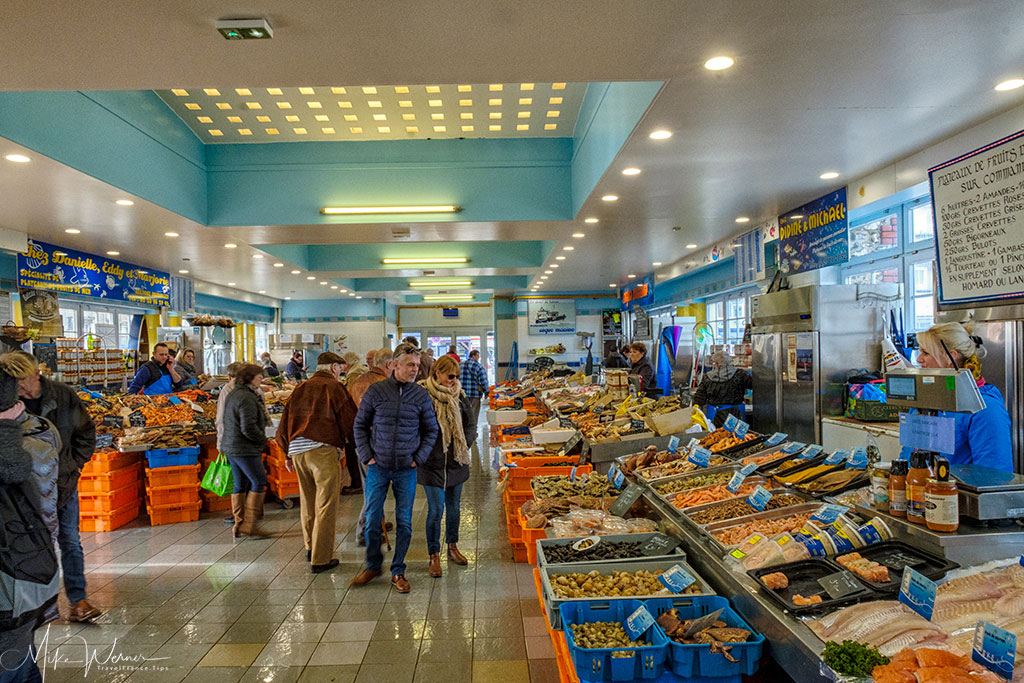 Inside the municipal fish market of Le Treport