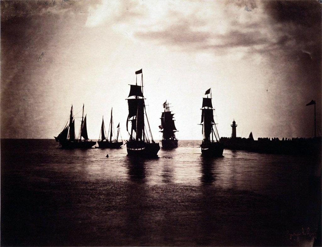 1856 - Gustave Le Gray - Boats leaving the port of Le Havre, ships of the Napoleon III fleet