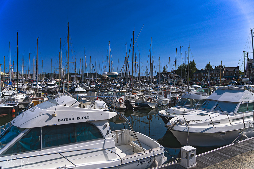 Pleasure boats in the Paimpol marina