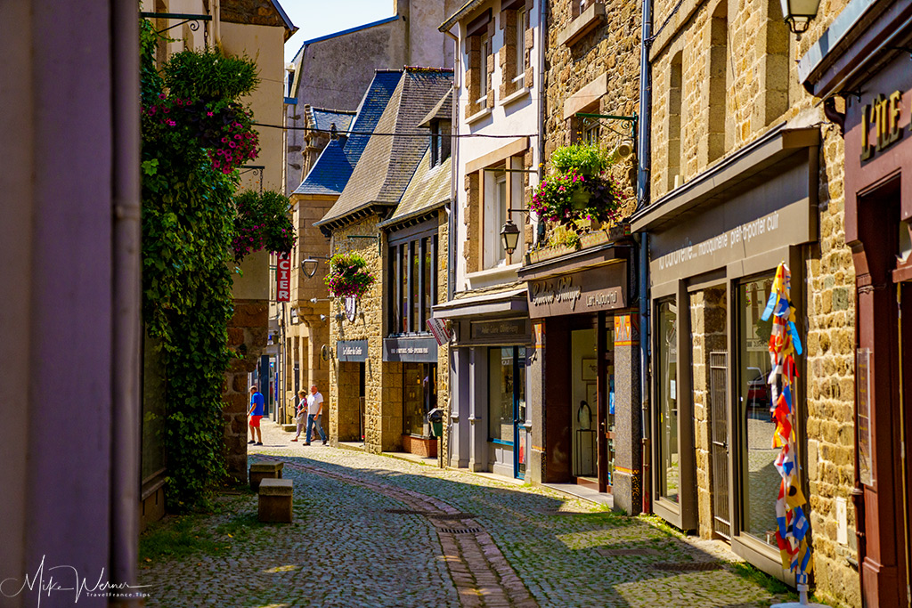 Shopping street in Paimpol