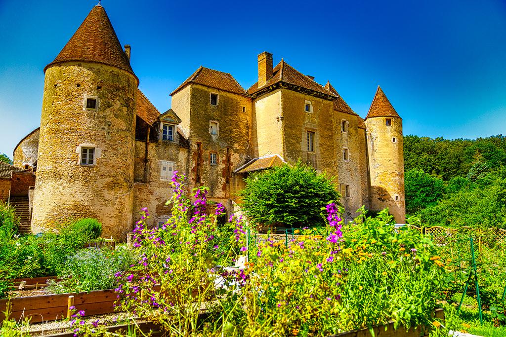 Etrigny – Balleure Castle