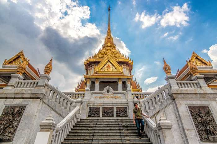 Wat Traimit: Temple of the Golden Buddha in Bangkok