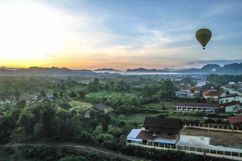 Hot Air Ballooning in Vang Vieng, Laos