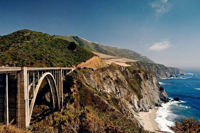 Bixby Creek Bridge on the way to Big Sur is a great strech of road on a Pacific Coast Highway road trip