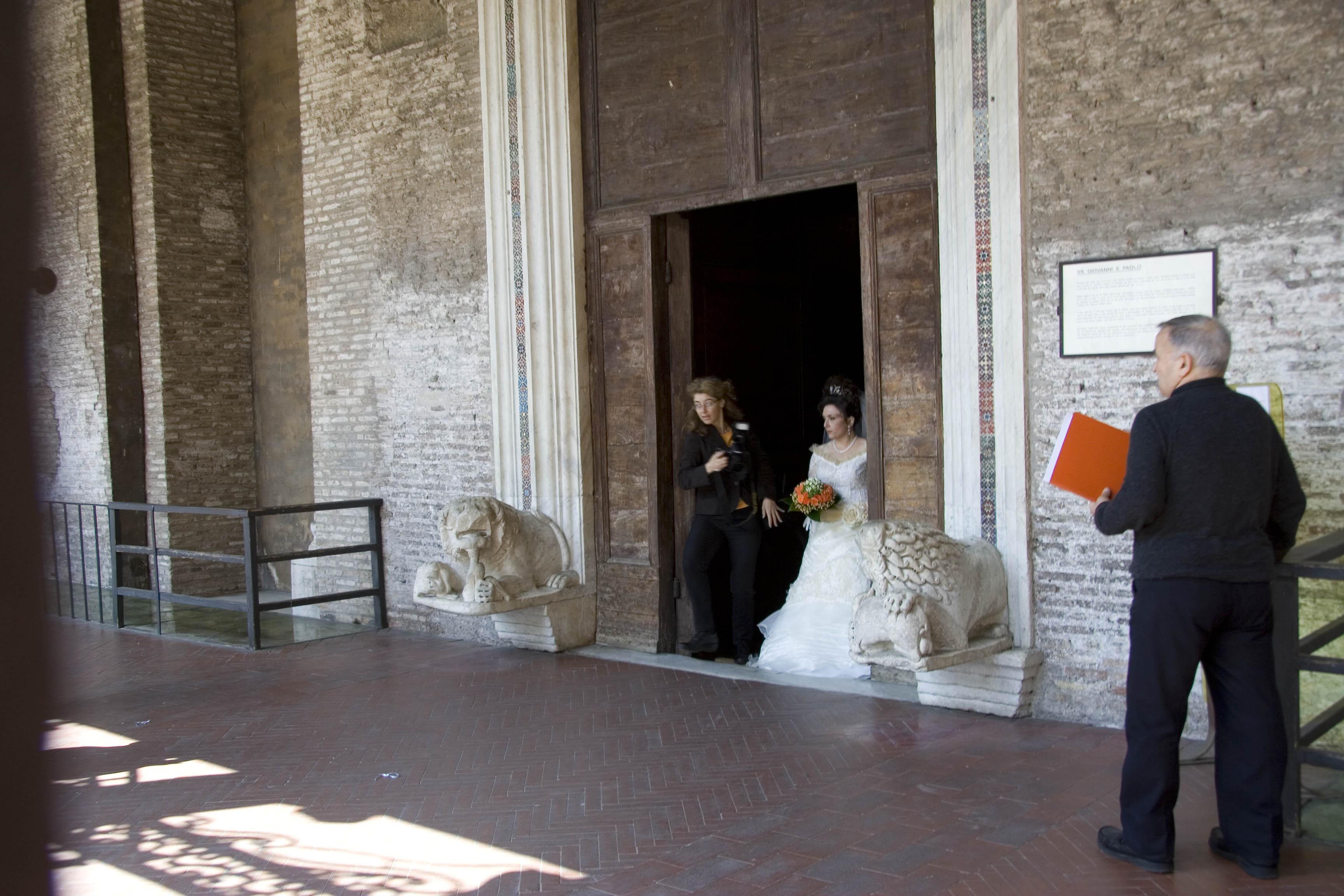 1 мая в Риме - явно свадебный день
