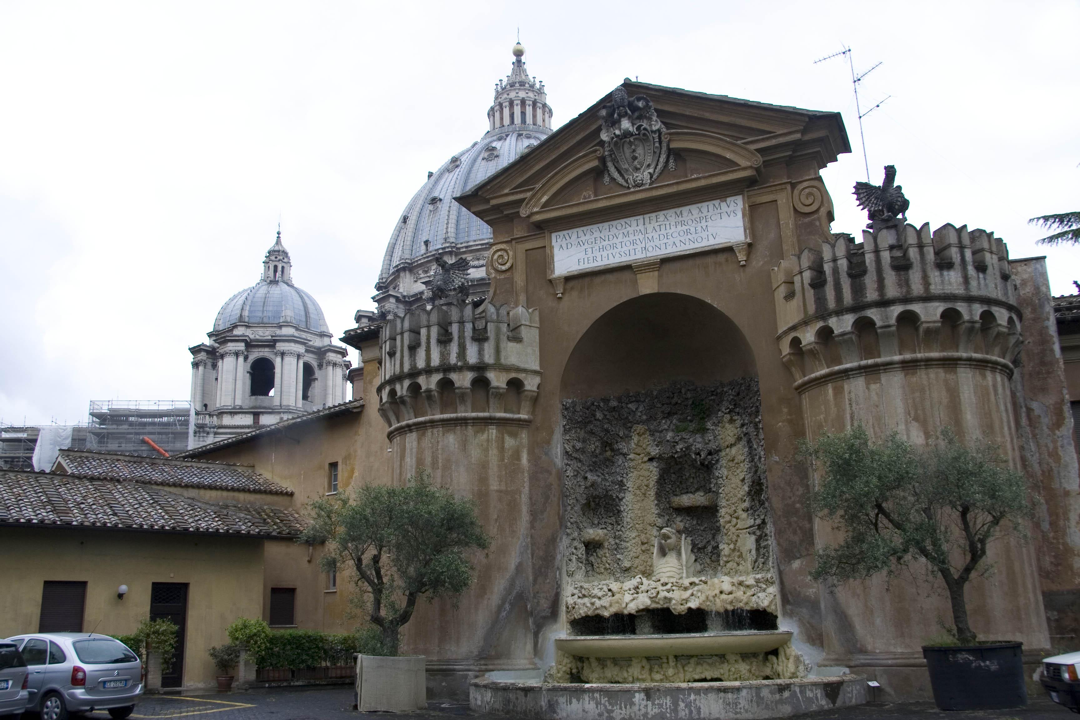 Фонтаны Ватикана
