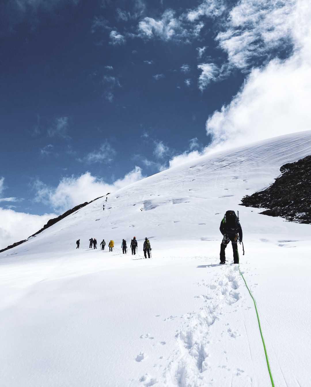 Plan tour cima nevado Santa Isabel