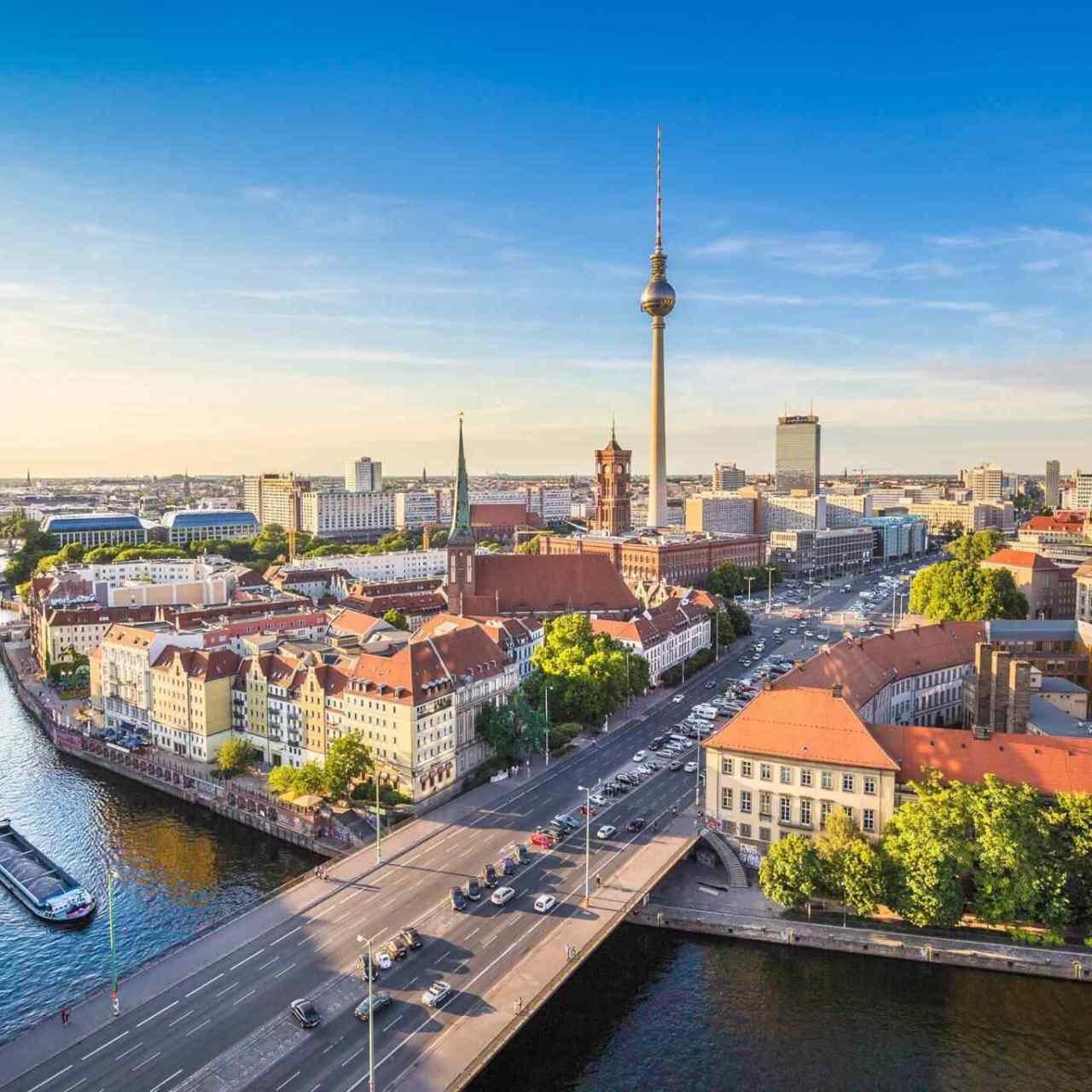 Berlín Travel Granada Tour