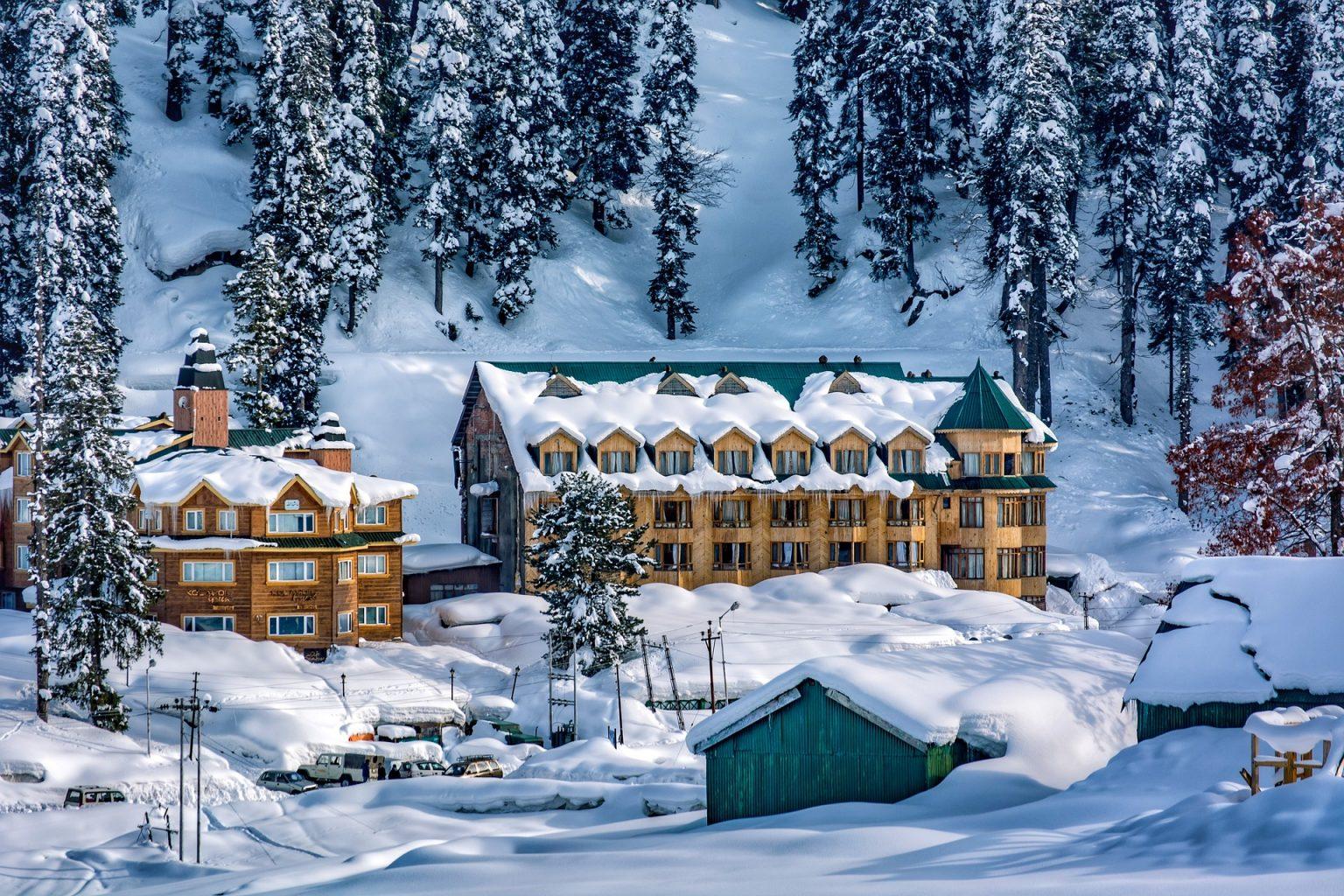 Destino Nieve Travel Granada Tour