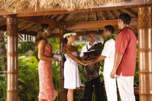 hawaiian-wedding-ceremony