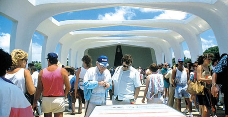 Pearl Harbor Tour 66H Land and Helicopter Tour by E Noa Tours