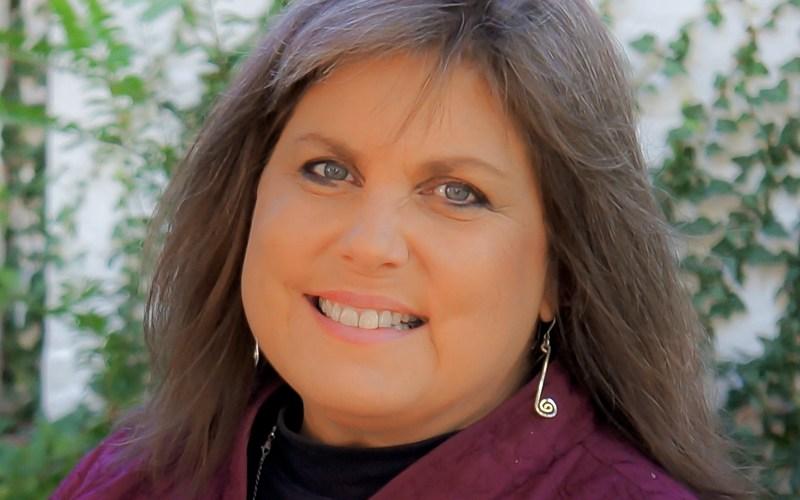 Mindie Burgoyne Headshot