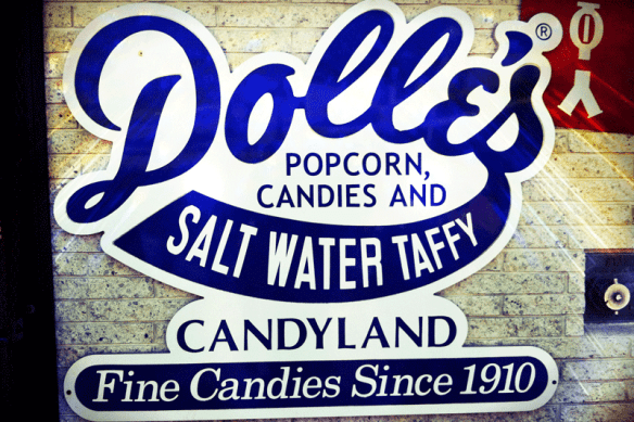 Dolle's CAndy