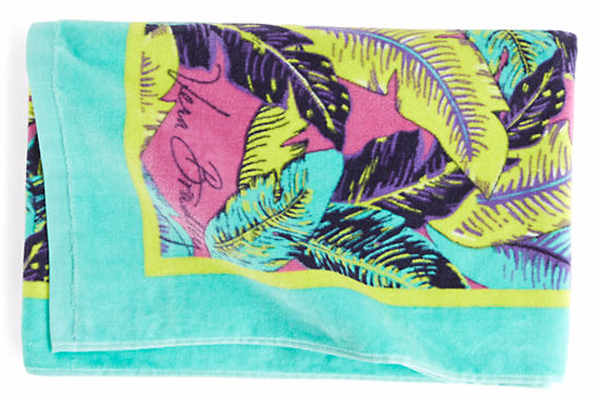 Vera Bradley Beach Towel in Palm Feathers