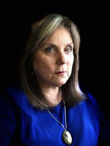 Mindie Burgoyne- Headshot 1