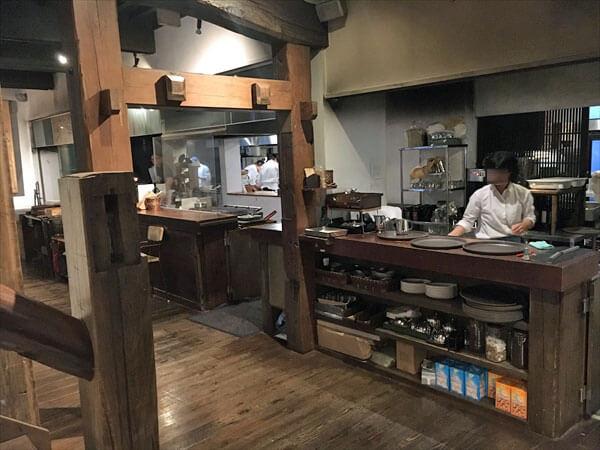 MOKICHI TRATTORIA(モキチトラットリア)イタリアンレストラン 店内