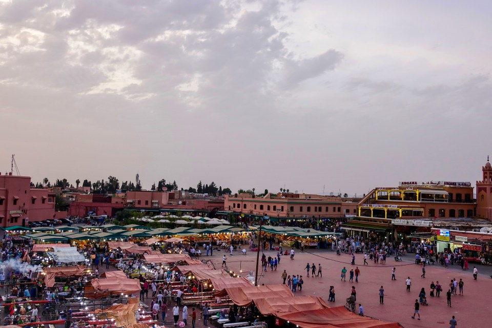 Marrakech travel guide, Bahia Palace, Ben Youssef Mosque, Berber Museum, Dar Yacout, el-Fnaa Square, henna, Jemaa el-Fnaa, kasbah, Koutoubia Mosque, Majorelle Gardens, Riad, Riad Kheirredine, Saadian Tombs, souks, travel, travel guide