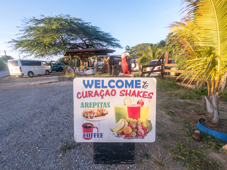 Best Cheap Eats in Curacao: Curacao Shakes