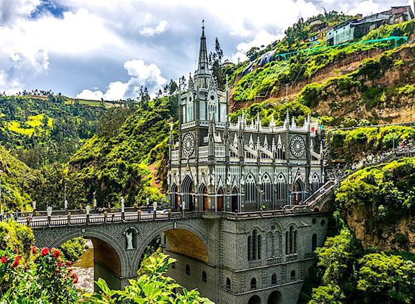 las lajas  cathedral colombia