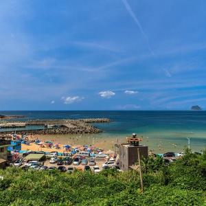 基隆安樂 外木山喝咖啡:海景第一排!看海,吹海風,超放鬆的海景咖啡廳 - 輕旅行