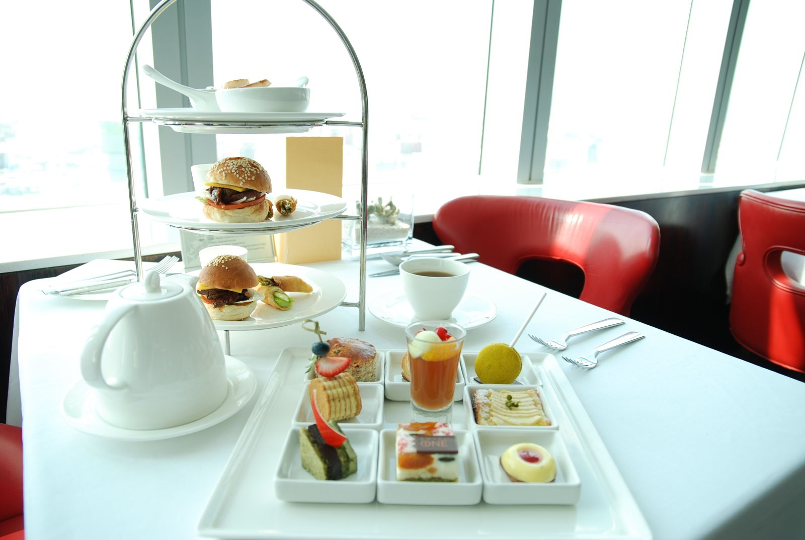 五星道地小吃端上桌 晶華酒店獲最愛下午茶首選 - 輕旅行
