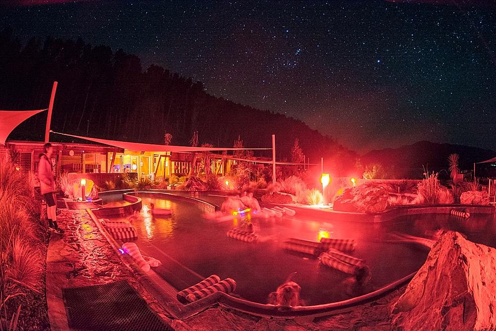 tekapo springs stargazing tours