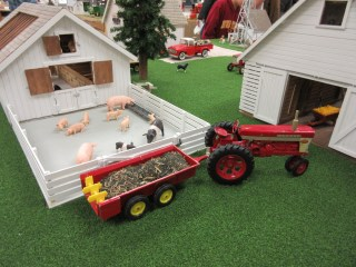 Farm Layouts at the National Farm Toy Show - Dave Nieuwsma's Farm Replica