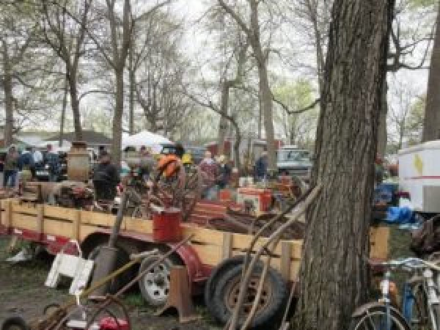 Everything that can be imagined was at this swap meet!