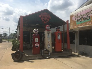 Mahan Filling Station, a Route 66 landmark at Fulgenzi's