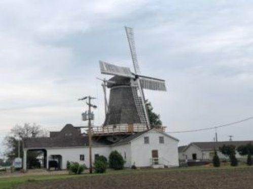 Prairie Mills windmill